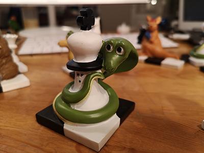 Figurine: Cobra